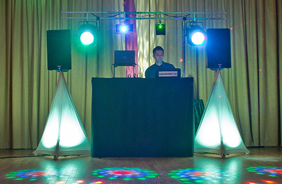 hull beverley dj hire set up east yorkshire
