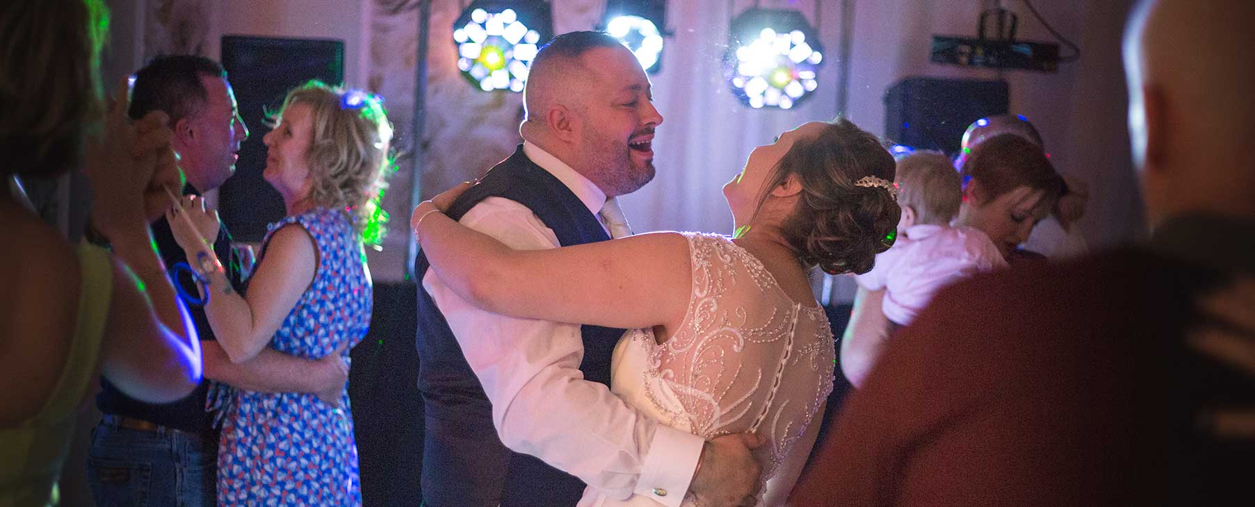 hull wedding dj disco east Yorkshire hire entertainment